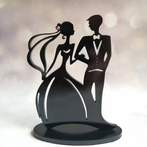 Nászpár esküvői tortadísz/csúcsdísz Menyasszony és vőlegény Esküvői dekoráció tortára , Esküvő, Dekoráció, Sütidísz, Famegmunkálás, Festett tárgyak, Meska