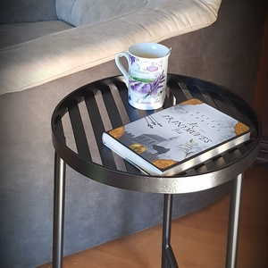 Asztalka, Otthon & Lakás, Bútor, Asztal, Régóta terveztem egy kis asztalt készíteni, ami elfér a fotel mellett. Amire rá tehetjük a reggeli k..., Meska