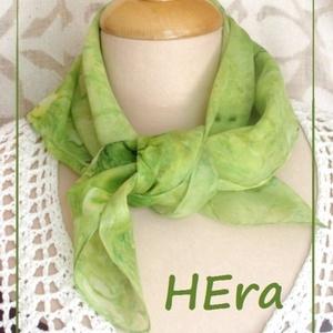 Zöld citrom hernyóselyem kendő (Hera) - Meska.hu