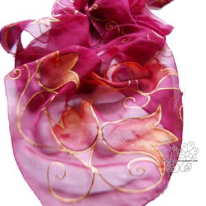 Piros tulipánok hernyóselyem stóla sál, Táska, Divat & Szépség, Női ruha, Ruha, divat, Estélyi ruha, Selyemfestés, Tulipános, saját tervezésű, zsűriztetett mintámmal kontúrozott technikával festettem ezt a sálamat h..., Meska