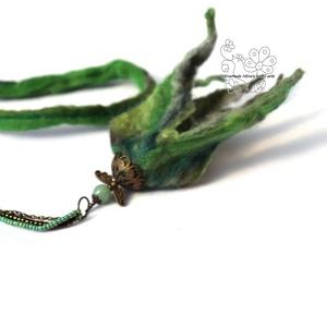 Angyal virág nemez nyaklánc zöld (Hera) - Meska.hu