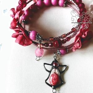 Pink virágos bohém karkötő , Ékszer, Karkötő, Gyöngyfűzés, gyöngyhímzés, Ékszerkészítés,  Bohém textil és gyöngy karkötőm azoknak ajánlom akik szeretik az extravagáns, boho megjelenést. Kic..., Meska