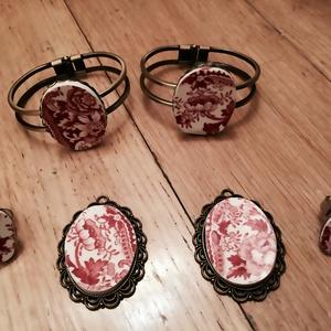 Most féláron!!! Shabby chic bordó virágos medál Rózsa és bimb?ja (Herbariangelika) - Meska.hu