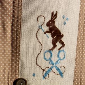 Primitive Hare at Work.  -  Szaladgálós. (herisson) - Meska.hu