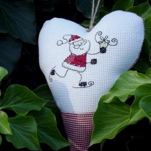 SKATIN' SANTA. Szív alakú függődísz ajtóra/ablakra - karácsony - mikulás - mikulás beltéri dekoráció - Meska.hu