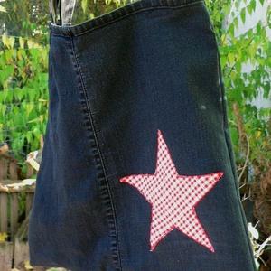 THE STAR. Farmershopper. , Shopper, textiltáska, szatyor, Bevásárlás & Shopper táska, Táska & Tok, Varrás, Újrahasznosított alapanyagból készült termékek,  \nStrapabíró farmershopper (megerősített varrások).\n\nNagyon attraktív darab!\n\nMérete:40 x 39 cm, vál..., Meska