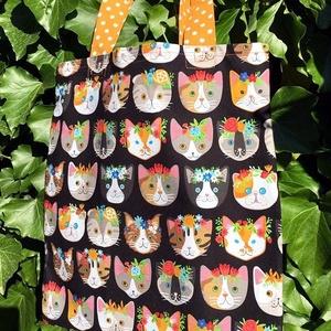 Whiskers, Tails, Cats. -----> Shopper macskaimádóknak :) , Shopper, textiltáska, szatyor, Bevásárlás & Shopper táska, Táska & Tok, Hímzés, Varrás, Vagány cicás bevásárló szatyor, mely a macskarajongók körében garantált kedvenc lesz:)\n\nJól pakolhat..., Meska