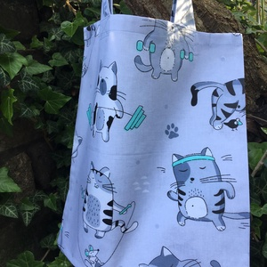 WORKOUT CATS. Mini-shopper macskaimádóknak., Táska & Tok, Bevásárlás & Shopper táska, Shopper, textiltáska, szatyor, Varrás, Vagány cicás szatyor, mely a macskarajongók körében garantált kedvenc lesz:)\n\nTöbbszörösen megerősít..., Meska