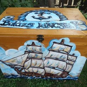 Fenyő tengerész  láda  kisfiúknak , Gyerek & játék, Gyerekszoba, Tárolóeszköz - gyerekszobába, Bútor, Otthon & lakás, Famegmunkálás, Festészet, Hermaresz dekor\n\nEgyedi játék tároló  láda !\nA külsejére vagy belsejébe a gyermek neve kerül, a bels..., Meska