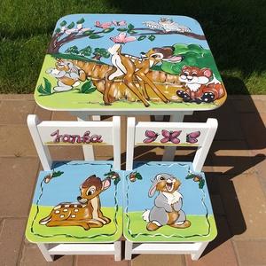 Gyerek Asztal és szék , Bútor, Otthon & lakás, Asztal, Gyerek & játék, Gyerekszoba, Famegmunkálás, Festészet,  Asztal és szék\n\nAz aukció tárgya 1 db asztal és hozzá 2db szék\nFenyő alapanyagból készült egyedi ké..., Meska