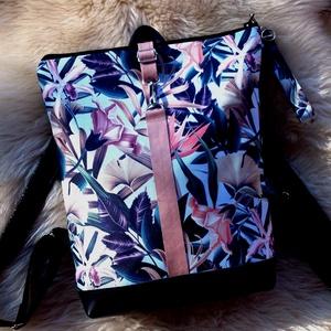 Kék-rose mintás hátitáska, vízálló - valódi bőrrel - kulcstartóval, Táska & Tok, Hátizsák, Hátizsák, Sötétkék marhabőrrel, illetve kék-rose-szürkéskék virágmintás vízálló szövettel készült  a táska ele..., Meska
