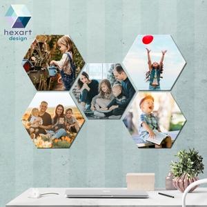 5 db-os hatszög fotó dekoráció a Te családi képeiddel, Otthon & Lakás, Dekoráció, Kép & Falikép, Fotó, grafika, rajz, illusztráció, Hexart Design - Az okos dekoráció\nNincs szükség keretre / Kasírozott habkarton / Egy mozdulattal fel..., Meska