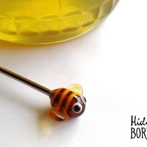 ZÜMIS acél mézcsorgató lámpagyönggyel, Otthon & Lakás, Konyhafelszerelés, Konyhai dísz, Egy saját készítésű, vidám méhecskét formázó lámpagyöngy ékesíti ezt az acél mézcsorgatót.  A lámpag..., Meska