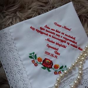 Szülőköszöntő keszkenő nagyszülőknek, Esküvő, Emlék & Ajándék, Szülőköszöntő ajándék, Hímzés, Egyedileg készülő hímzett esküvői szülőköszöntő keszkenő.\nOlyan színnel vagy színekkel hímezve,  aho..., Meska