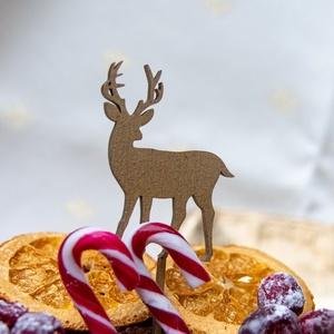 Tortabeszúró, karácsonyi, szarvas, lézervágott, 4 mm vastag nyírfából, festhető, Karácsony, Kulinária (élelmiszer), Karácsonyi dekoráció, Famegmunkálás, Festett tárgyak, Tortabeszúró, karácsonyra, szarvast ábrázol.\n5 cm széles, 10 cm magas.\n4 mm-es rétegelt nyírfából ké..., Meska