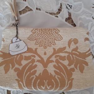 arany-barokk kis méretű táska, Táska, Divat & Szépség, Táska, Neszesszer, Bőrművesség, Varrás, A táskát bézs és arany kárpitanyag továbbá textilbőr kombinálásával készítettem, melyet mintás pamut..., Meska