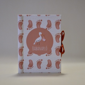 Gólyás babanapló - spirálkötésű (narancssárga) #1, Otthon & Lakás, Papír írószer, Jegyzetfüzet & Napló, Könyvkötés, A babanapló a kisbaba és a kisgyermek fontos, emlékezetes pillanatainak megörökítésére szolgál, ami ..., Meska