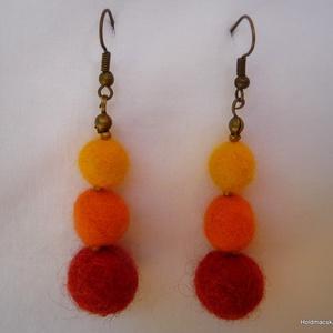 Nemez fülbevaló - narancs, Ékszer, Fülbevaló, Nemezelés, Nemez fülbevaló 5 cm hosszú.\nKönnyű, természetes, kellemes viselet.\nBármilyen színben rendelhető...., Meska
