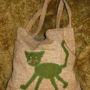 Macskás szatyor, Táska, Táska, Divat & Szépség, Szatyor, Egyéb, Varrás, Újrahasznosított alapanyagból készült termékek, Pakolásra, cipelésre kiválóak a macskás szatyrok különböző textúrákkal rendelhetőek. \nA szatyrok bel..., Meska
