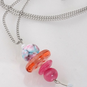 Hosszú lámpagyöngy nyaklánc, rózsaszín árnyalatokban. Üvegékszer, Ékszer, Medál, Nyaklánc, Táska, Divat & Szépség, Ékszerkészítés, Üvegművészet, Hosszú lámpagyöngy nyaklánc, rózsaszín árnyalatokban. A medál hossza, 5cm. A nemesacél lánc kívánság..., Meska