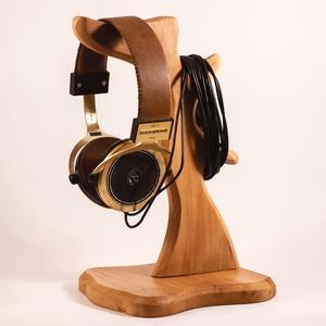 Fejhallgató tartó, Férfiaknak, Otthon & lakás, Lakberendezés, Tárolóeszköz, Famegmunkálás, Platánfából készült fejhallgató tartó.\nMérete:30x16x15cm\n\n\n\n\n, Meska