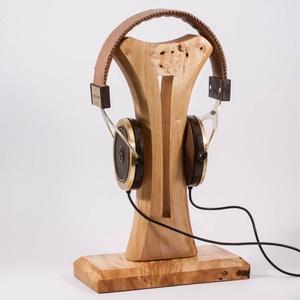 Fejhallgató tartó, fülhallgató tartó, Férfiaknak, Otthon & lakás, Lakberendezés, Tárolóeszköz, Famegmunkálás, Csomoros nyárfából készült fejhallgató tartó. \nKészen van, azonnal tudjuk küldeni.\n\n\n\n\n, Meska