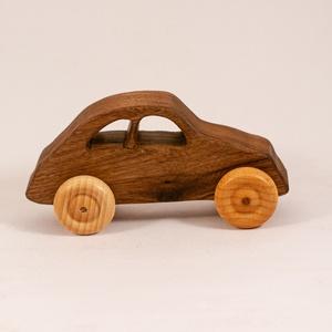 Játék fa autó, fakocsi, faautó, Gyerek & játék, Játék, Fajáték, Famegmunkálás, Szilfából készült kocsi. Paraffinolajjal kezelve.\nMérete:12x6x5cm, Meska