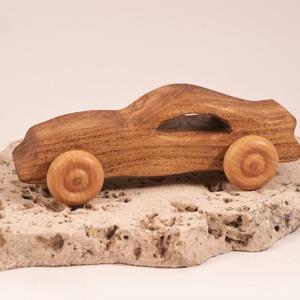 Játék fa sportkocsi, faautó, fakocsi, , Építőjáték, Játék & Gyerek, Famegmunkálás, Japánakácfából készült autó. Paraffinolajjal kezelve.\nMérete:15x6x5cm, Meska