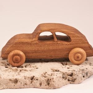 Játék fa kocsi, faautó, bogár kocsi, , Építőjáték, Játék & Gyerek, Famegmunkálás, Japánakácfából készült autó. Paraffinolajjal kezelve.\nMérete:16,5x6x6,5cm, Meska