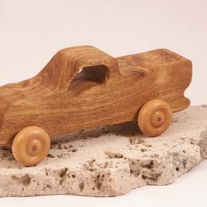 Játék fa kocsi, faautó,  kocsi, , Építőjáték, Játék & Gyerek, Famegmunkálás, Japánakácfából készült autó. Paraffinolajjal kezelve.\nMérete:18,5x6x7cm, Meska