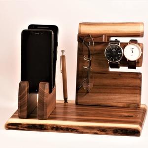 2 Mobil-, szemüveg-, óra-, toll tartó, asztali rendező, Otthon & Lakás, Tárolás & Rendszerezés, Íróasztali tároló, Famegmunkálás, Szilfából készült tároló. 2 telefon, szemüveg 2 óra. és toll, ceruza. Van készen, azonnal tudjuk kül..., Meska