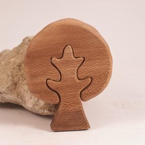 Fa fa, fa építő, kirakó, Játék & Gyerek, Építőjáték, Famegmunkálás, Platánfából készült, szétszedhető\ngyerekjáték, vagy  szobadísz.\nSzíntelen paraffinolajjal kezelve. F..., Meska