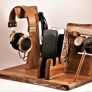 2 Mobil-, szemüveg-, fejhallgató, 2 óra-, toll tartó, asztali rendező, Otthon & Lakás, Tárolás & Rendszerezés, Íróasztali tároló, Famegmunkálás, Szilfából készült  asztali rendező.  A kép minta, rendelésre készül, kb. 8 nap.\n\n\nMérete: szél 40cmx..., Meska