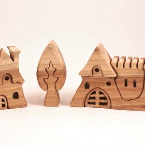 Fa vár, házikó, fa építő, kirakó, Játék & Gyerek, Építőjáték, Famegmunkálás, Japán akácfából készült, szétszedhető\ngyerekjáték, vagy  szobadísz.\nSzíntelen olajjal kezelve. Festé..., Meska