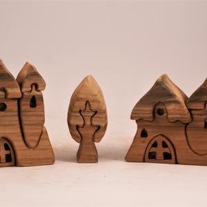 Fa templom, házikó, fa építő, kirakó, Játék & Gyerek, Építőjáték, Famegmunkálás, Japánakácfából készült, szétszedhető\ngyerekjáték, vagy  szobadísz.\nSzíntelen olajjal kezelve. Festék..., Meska