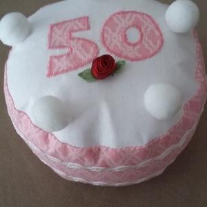 Torta szülinapi életkorral, Otthon & lakás, Dekoráció, Ünnepi dekoráció, Szülinapra édeset, de ne hízlalósat?! Ez a megfelelő választás. ÉS soha nem fogy el! A tortát mintás..., Meska