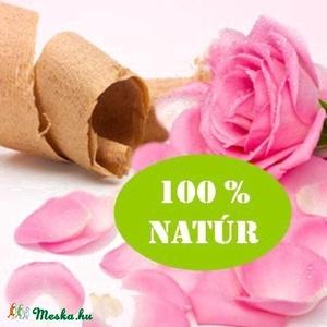 RÓZSAFA 100 % tisztaságú illóolaj 10 ml, Egészségmegőrzés, Szépségápolás, Mindenmás, Szappankészítés, RÓZSAFA 100 % TISZTASÁGÚ ILLÓOLAJ 10 ml\n\nA rózsafa egy örökzöld fa, melynek magassága elérheti a 40 ..., Meska