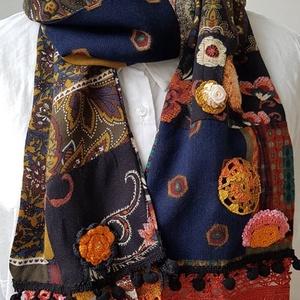 Etno world, Ruha & Divat, Sál, Sapka, Kendő, Sál, Varrás, A patchwork sál sokféle ,- kedvenc -textil összevarrásával jött létre, a minták izgalmas keveredése ..., Meska