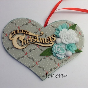 Merry Christmas...-SZÍV ajtódísz-filcvirággal, Karácsony & Mikulás, Karácsonyi kopogtató, Virágkötés, Nemezelés, Merry Christmas- felirattal....  :-)\nSaját tervezésű, filc virágokkal díszített egyedi ajtódísz... I..., Meska