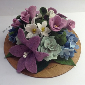 Álom csokor-filc/nemez virágokkal, Asztaldísz, Dekoráció, Esküvő, Virágkötés, Nemezelés, Megálmodtad? Szeretnéd filcből, gyapjúfilcből?\nNincs akadálya! A fotókon, már egy megrendelt csokrot..., Meska
