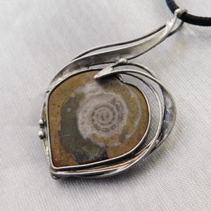 Ammonitesz medál , Ékszer, Nyaklánc, Medálos nyaklánc, Ékszerkészítés, Fémmegmunkálás, Meska