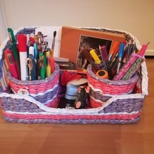 Asztali rendszerező ceruzatartókkal, papírfonás, rózsaszín, lila és fehér színben  (Hopotoo) - Meska.hu