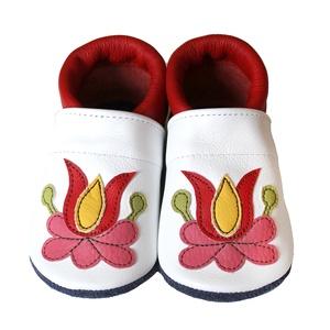 Hopphopp Puhatalpú cipő - Matyó II., Ruha & Divat, Cipő & Papucs, Cipő, Varrás, \nA cipők természetes, puha, minőségi bőrből készülnek, melyek ideálisak a járni tanuló babáknak, vag..., Meska