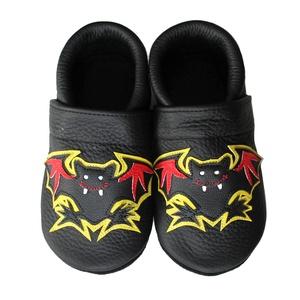 Hopphopp puhatalpú cipő - Denevér, Gyerek & játék, Táska, Divat & Szépség, Gyerekruha, Ruha, divat, Baba (0-1év), Varrás, A cipők természetes, puha, minőségi bőrből készülnek, melyek ideálisak a járni tanuló babáknak, vagy..., Meska