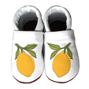 Hopphopp puhatalpú cipő - Citromos, Babacipő, Babaruha & Gyerekruha, Ruha & Divat, Varrás, A cipők természetes, puha, minőségi bőrből készülnek, melyek ideálisak a járni tanuló babáknak, vagy..., Meska