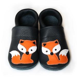 Hopphopp puhatalpú cipő - Rókás , Táska, Divat & Szépség, Cipő, papucs, Ruha, divat, Gyerekruha, Varrás, Bőrművesség, A cipők természetes, puha, minőségi bőrből készülnek, melyek ideálisak a járni tanuló babáknak, vagy..., Meska