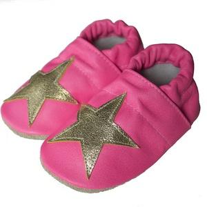 Bőr puhatalpú babacipő - Pink,arany csillaggal (Hopphopp) - Meska.hu