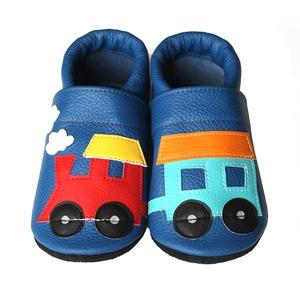 Hopphopp puhatalpú cipő - Vonatos/Kék, Babacipő, Babaruha & Gyerekruha, Ruha & Divat, Varrás, A cipők természetes, puha, minőségi bőrből készülnek, melyek ideálisak a járni tanuló babáknak, vagy..., Meska