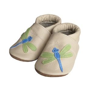 Hopphopp puhatalpú cipő - Szitakötős/Bézs, Babacipő, Babaruha & Gyerekruha, Ruha & Divat, Varrás, Bőrművesség, A cipők természetes, puha, minőségi bőrből készülnek, melyek ideálisak a járni tanuló babáknak, vagy..., Meska