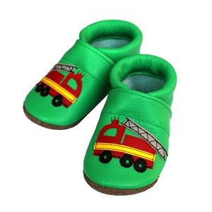 Hopphopp puhatalpú cipő - Tűzoltóautó, Gyerek & játék, Táska, Divat & Szépség, Cipő, papucs, Varrás, A cipők természetes, puha, minőségi bőrből készülnek, melyek ideálisak a járni tanuló babáknak, vagy..., Meska